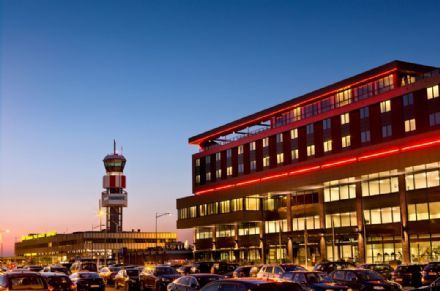 Worldhotel Wings opent eerste hotelvestiging van Domino's Pizza